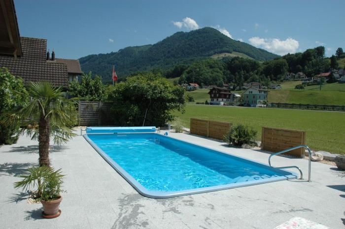 Langlebiges Swimmingpool-Komplettsystem von der Firma Bogmann